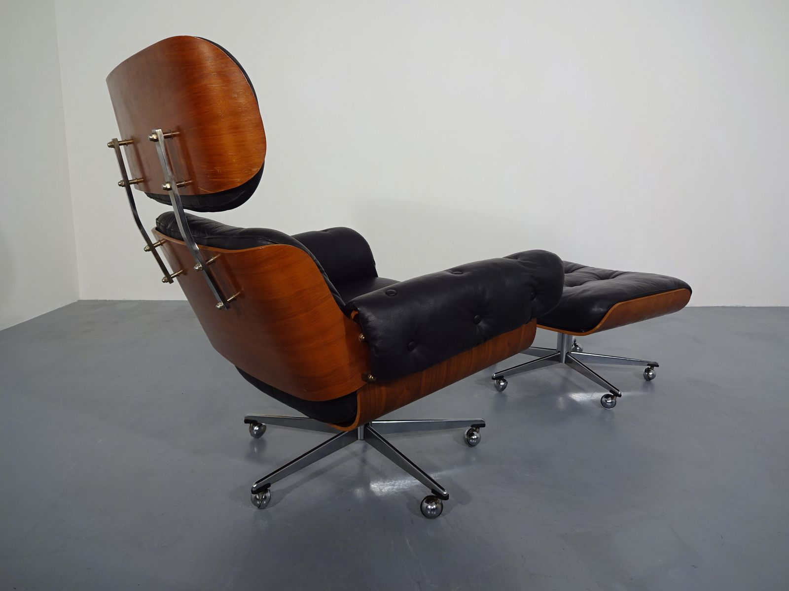 Leather Chairs With Ottoman Leather Chair And Ottoman Set