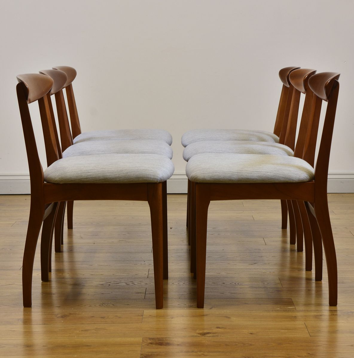 Sedie da pranzo MidCentury in teak anni 60 set di 6 in vendita su Pamono