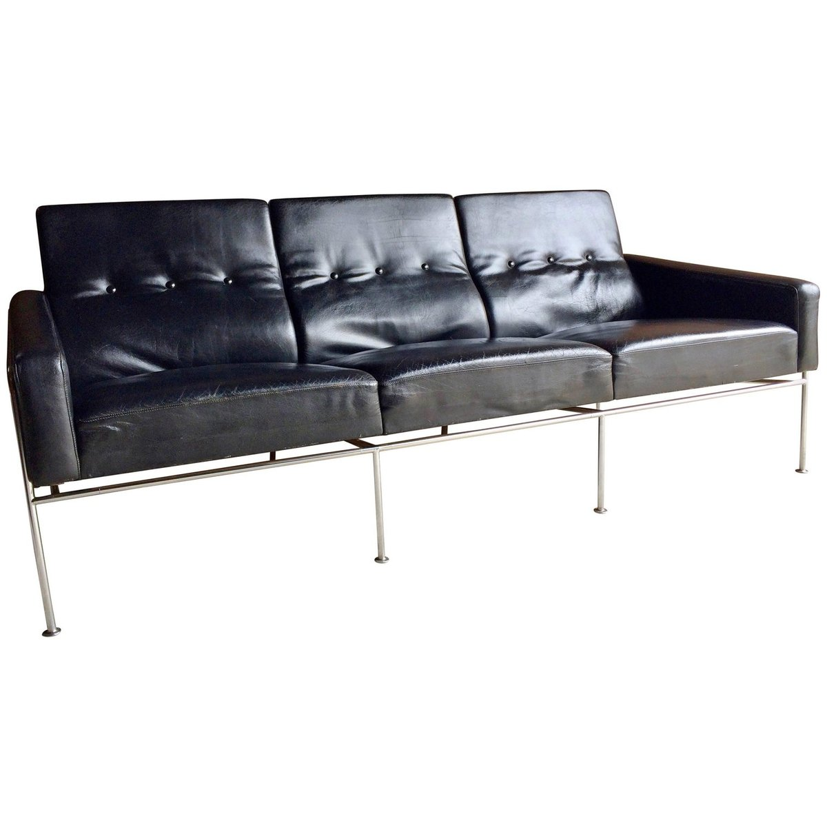 3 seater sofa black leather custom sofas seattle wa 3300 three in by arne jacobsen