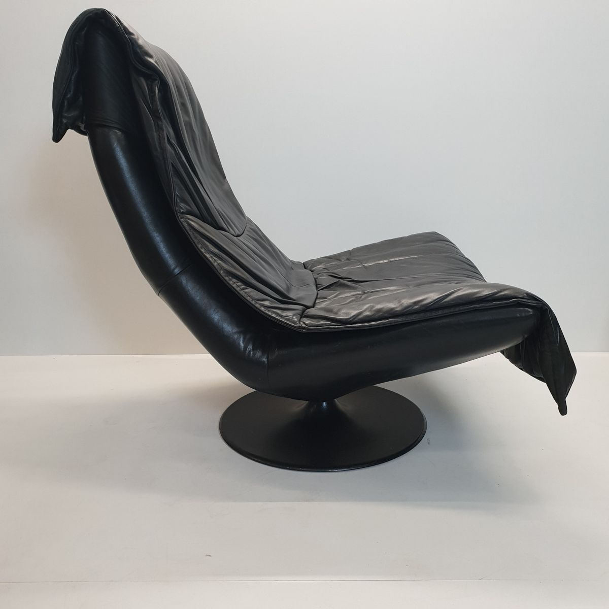 black leather swivel lounge chair massage nyc large vintage with