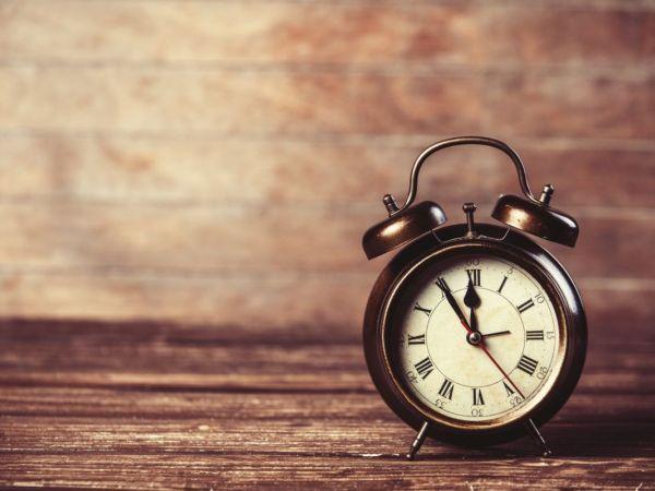 Daylight Saving Time 2016 Ends Sunday: Remember to Set Clocks Back