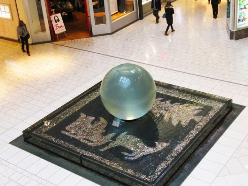 Short Hills Mall Shows Holiday Spirit With Fountain Coin