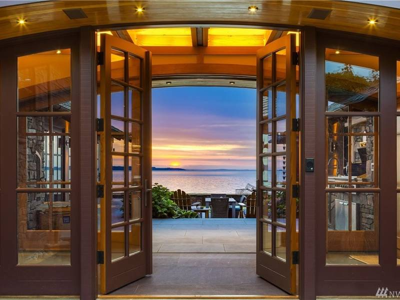 This 5M Edmonds Mansion Has How Many Fireplaces