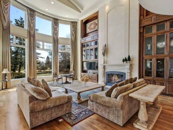 Most Expensive Listing In Glenview Is 39In A League Of Its