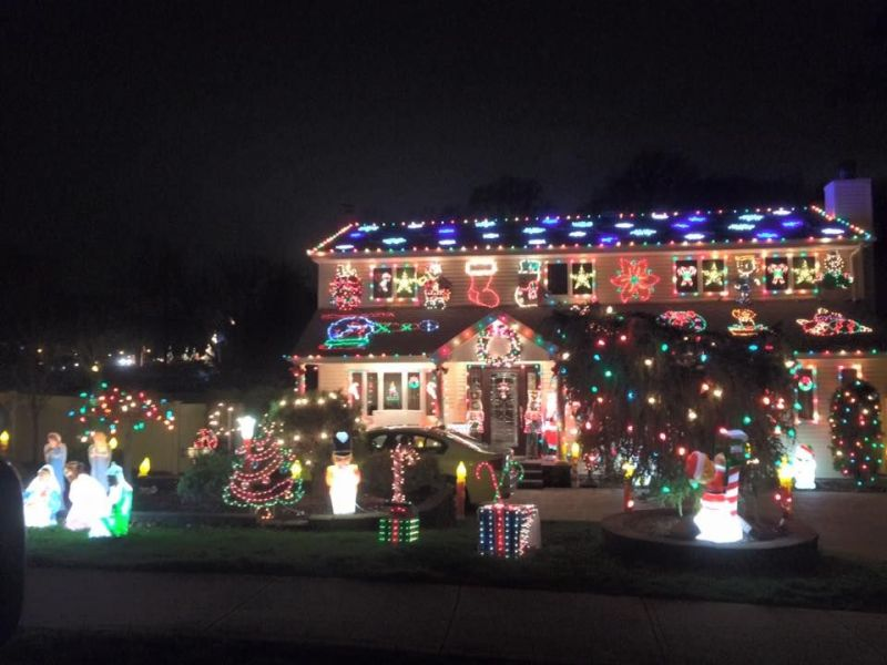 UPDATED MAP Best Christmas Light Displays Across Long