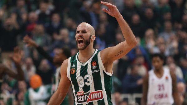 """Баскетболист Ник Калатес перешел из """"Панатинаикоса"""" в """"Барселону"""""""
