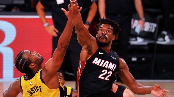 """""""Майами"""" вышел вперед в серии первого раунда плей-офф НБА с """"Индианой"""""""