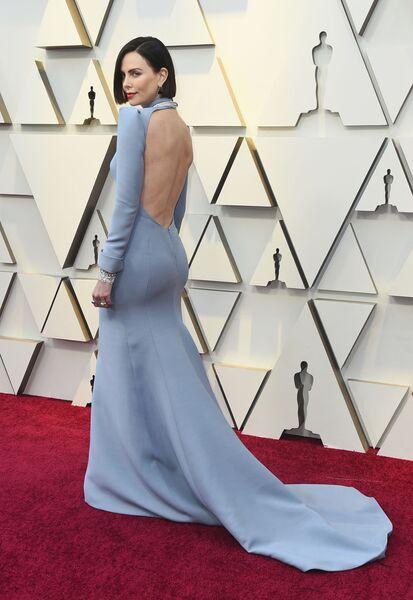 Шарлиз Терон на церемонии вручения премии Оскар