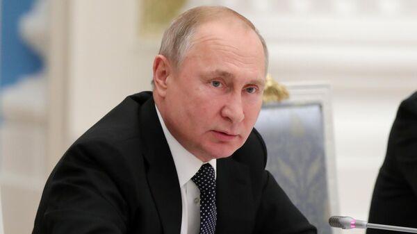 Путин: дефицит мест в яслях должен быть полностью закрыт в 2021 году