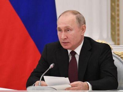 Путин поручил увеличить объем субсидий на поддержку кинодебютов