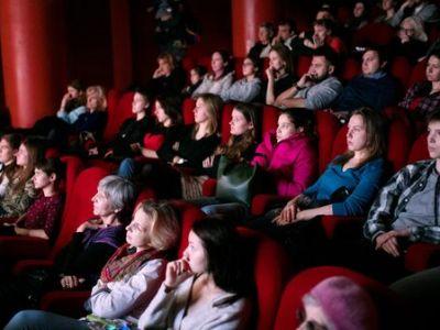 В Госдуму внесли проект об ограничении рекламы в кинотеатрах