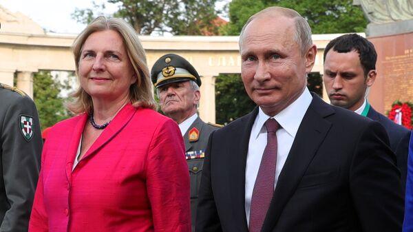 Экс-глава МИД Австрии упрекнула ЕС за отказ поддержать идеи Путина