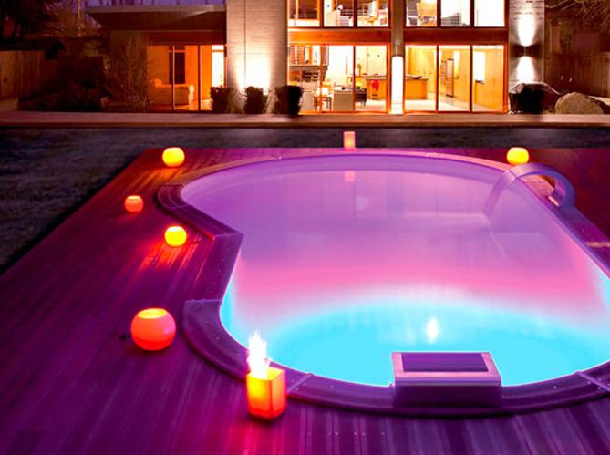 Eclairer sa piscine 7 possibilits Elle Dcoration
