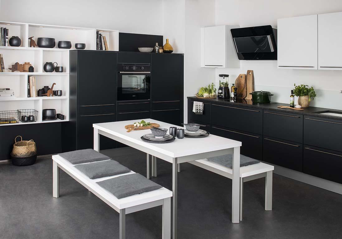 La cuisine noire et blanche plus contemporaine que jamais   Elle Dcoration