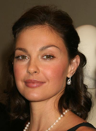 Ashley Judd Beauty Riot