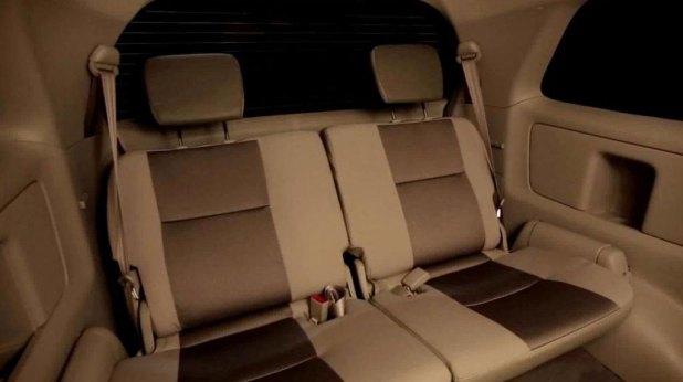 2014-Toyota-Innova-Limited-Edition-Dual-Tone-Seats.jpg
