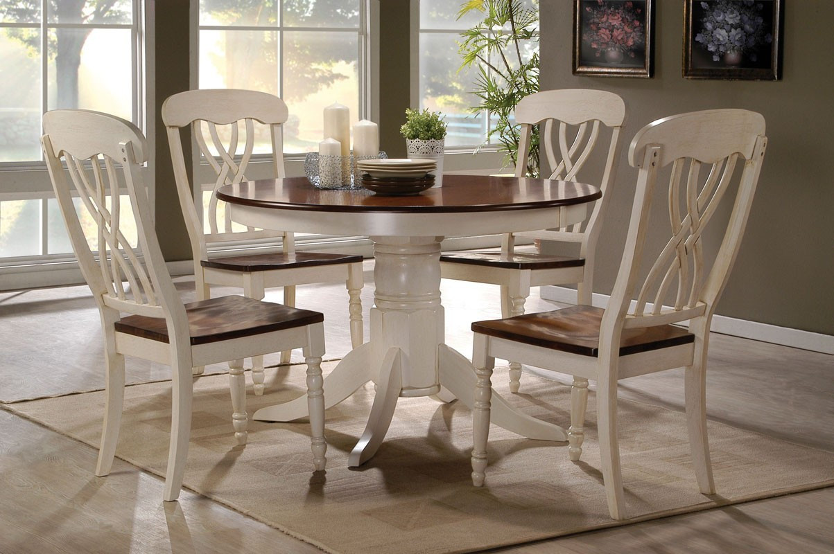 Round Kitchen Table And Chairs Set 42 Lander Oak Buttermilk Round Kitchen Table Set Table For 4