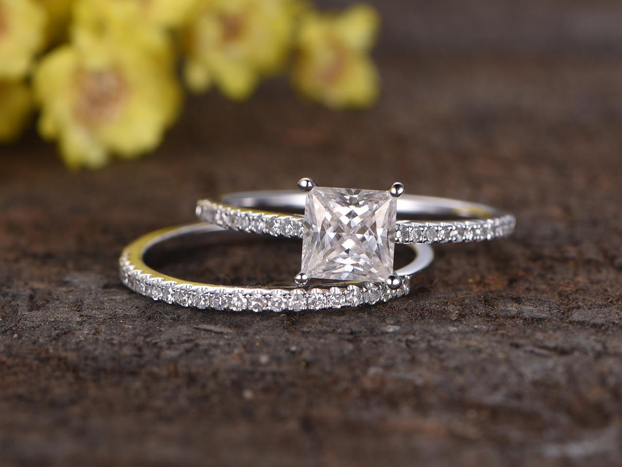 1 Carat Princess Cut Moissanite Engagement Ring Set