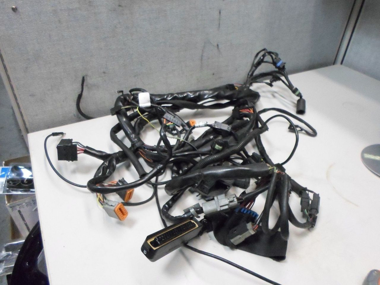 medium resolution of  flh main wire wiring harness 2000 magneti marelli image 1
