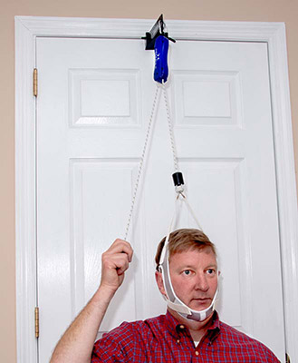 neckpro2-cervical-traction-in-use2.jpg