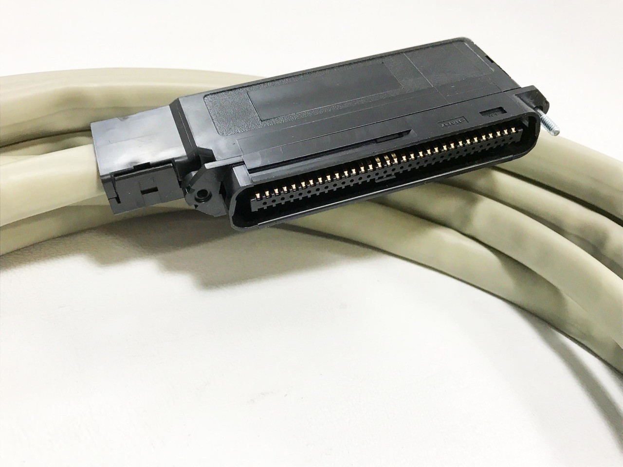 1200287l1 and 1200287l2 25 64 pin amphenol to wire cable equivalent to  [ 1280 x 960 Pixel ]