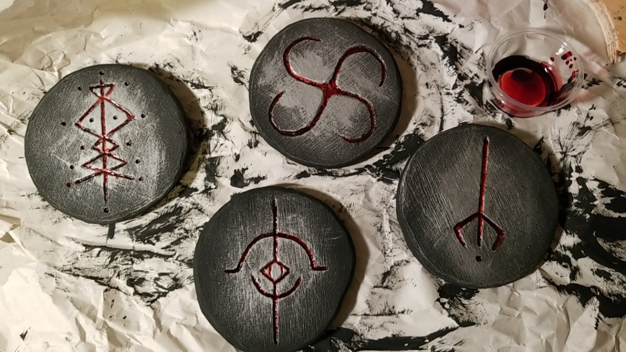 Here's How to Make Bloodborne Blood-Soaked Rune Coasters For Your Battlestation