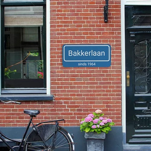 Straatnaambordje met eigen ontwerp