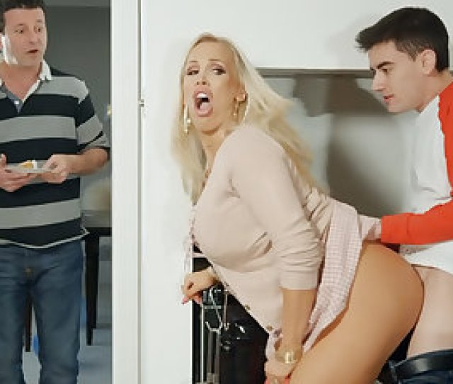 On High Birthday Party Lustful Teen Fuck His Stepmom