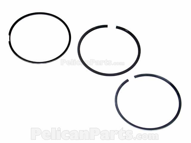 Audi and Volkswagen Piston Ring Set Standard Goetze 08