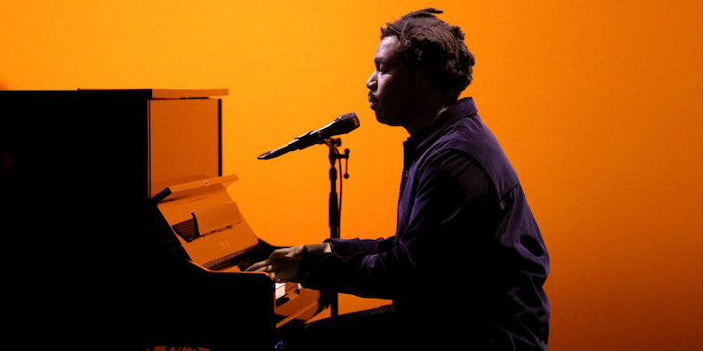Afbeeldingsresultaat voor Sampha - (No One Knows Me) Like the Piano