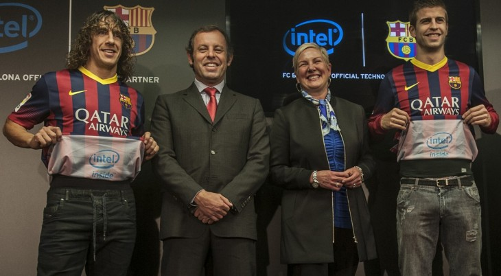 jersey reveal sm 730x402 Intel wants to make Barcelona one of the worlds most technologically advanced football clubs