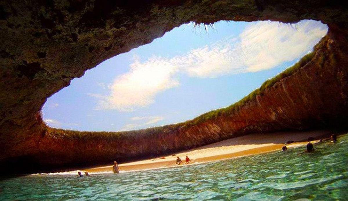 Hidden-Beach-en-Islas-Marietas-Mexico