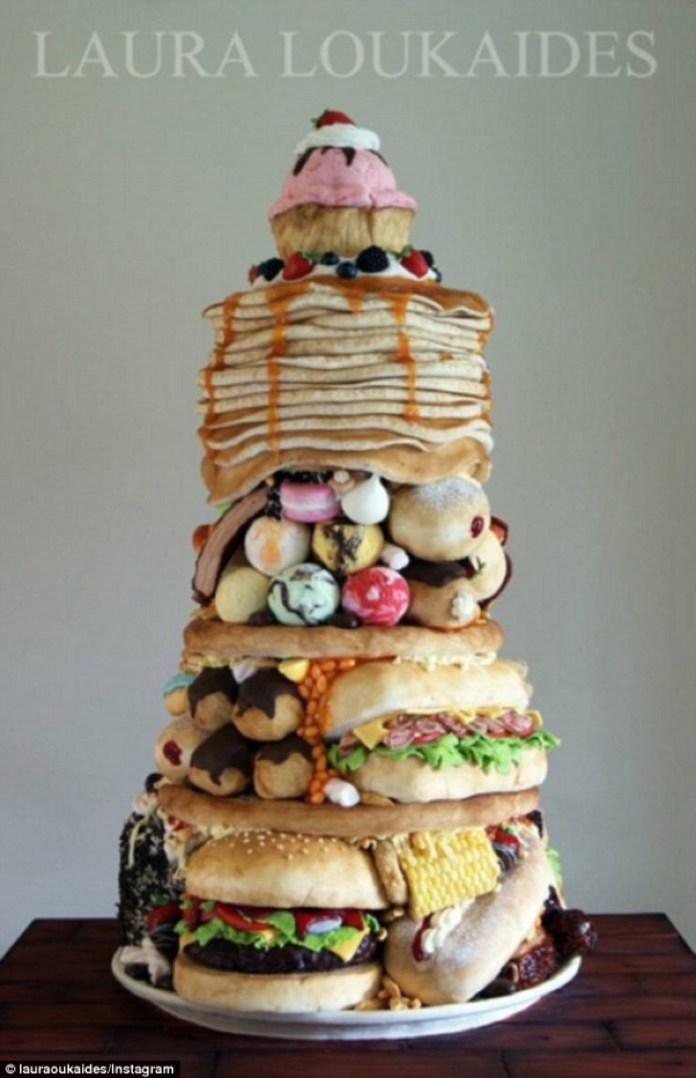 3903272800000578-3817911-wow_baker_laura_loukaides_has_created_an_incredible_cake_that_lo-a-1_1475384999488