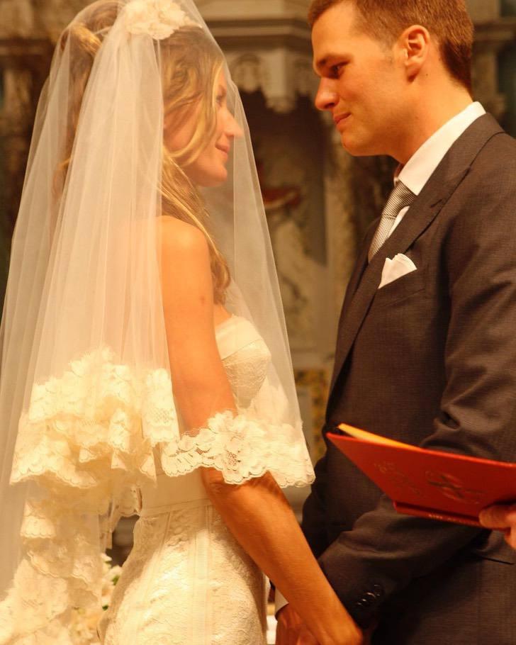 """2 16 - 11 celebs que """"improvisaron"""" en sus bodas. Keira Knightley ni siquiera compró un vestido especial"""