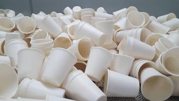brasil yuca envases biodegradables ambiente cuidar0004 - Brasileños crean envases biodegradables a partir de yuca. Disfrutan de un buen café sin contaminar