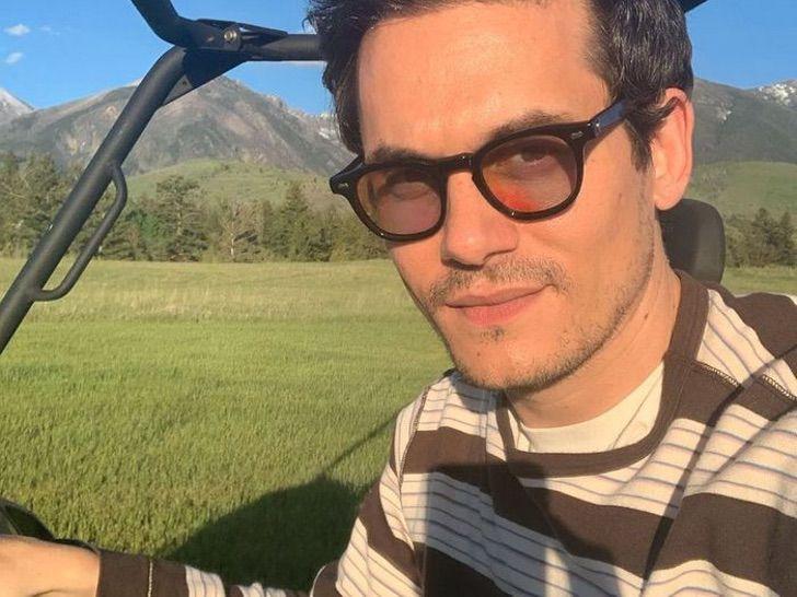"10 81 - 14 famosos que se burlaron de sus ex en público. John Mayer llamó ""anciana"" a Jennifer Aniston"