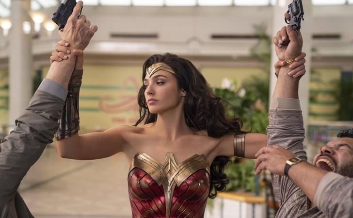 """wonderwoman tercerapelicula trilogia warner0005 - Warner Bros. confirma la producción de """"Wonder Woman 3"""". Gal Gadot seguirá tras el estreno de WW1984"""