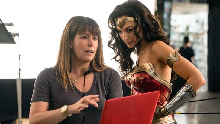 """mujer maravilla 3 - """"Mujer Maravilla 1984"""" supera los 100 millones de dólares en taquilla. La industria celebra el éxito"""