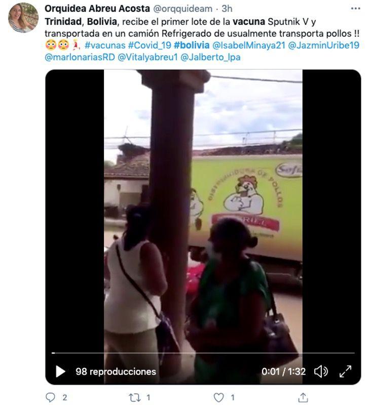 vacuna bolivia coronavirus pollos camion0004 1 - Vacunas contra el COVID-19 llegan a ciudad de Bolivia en camión de pollos. No había otro transporte