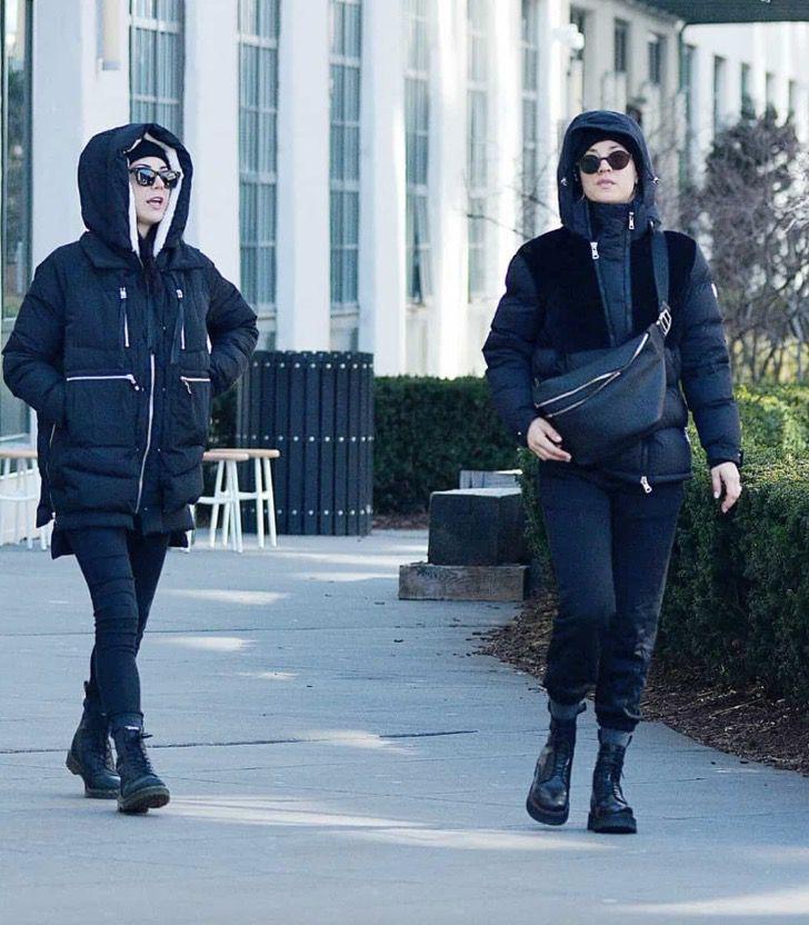 hermanas famosas atuendos2 - 12 fotos de hermanas famosas combinando sus atuendos. Kendall y Kylie parecen gemelas