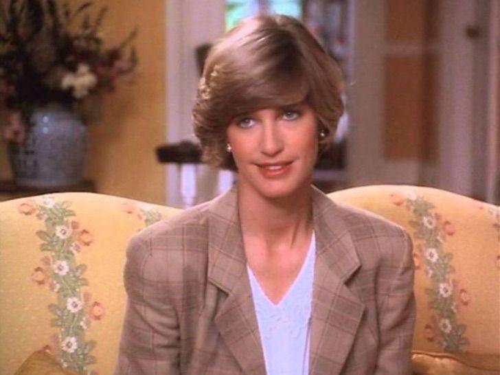 """3 109 - 10 actrices famosas que mostraron toda su elegancia para """"convertirse"""" en la princesa Diana"""