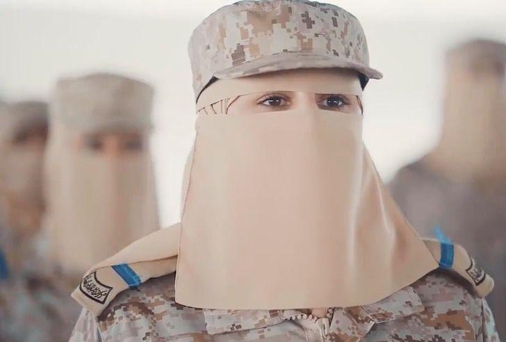 Captura de Pantalla 2021 09 02 a las 17.26.05 - Arabia Saudita celebró graduación de primera promoción de mujeres militares. Un avance histórico