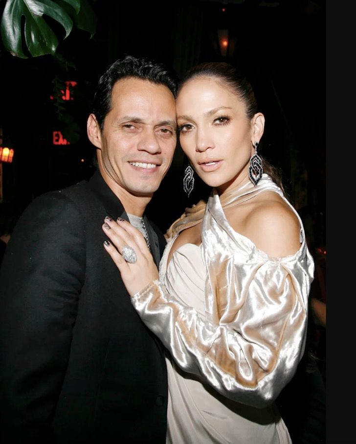 famosas anillos compromiso14 - 15 famosas y sus lujosos anillos de compromiso. El de Jennifer Lopez era bastante enorme