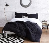 Black/White Reversible Twin XL Comforter