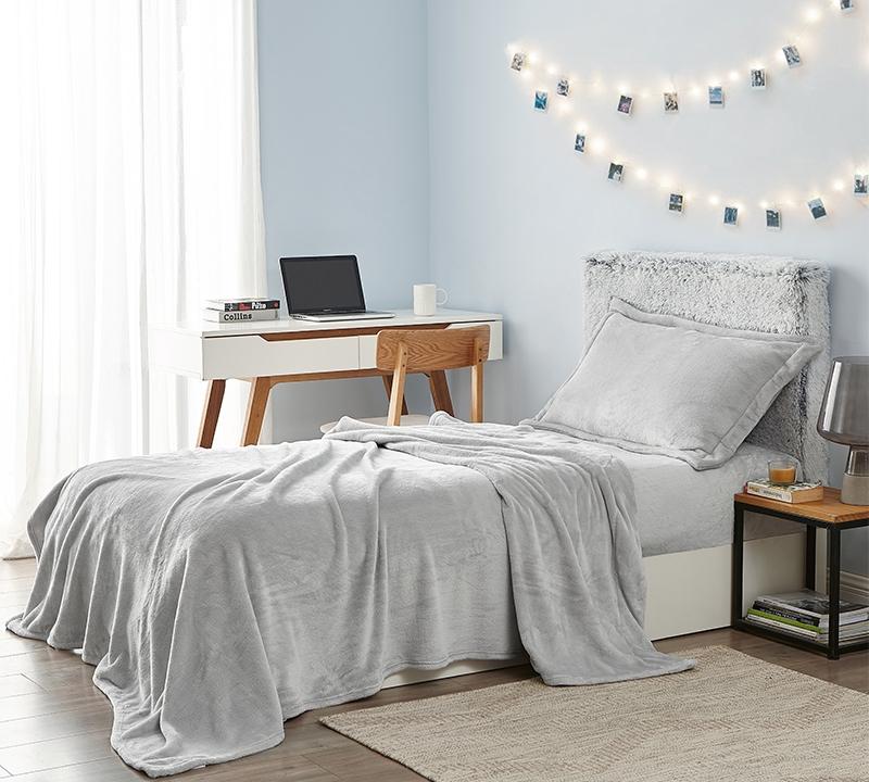 me sooo comfy sheet set glacier gray