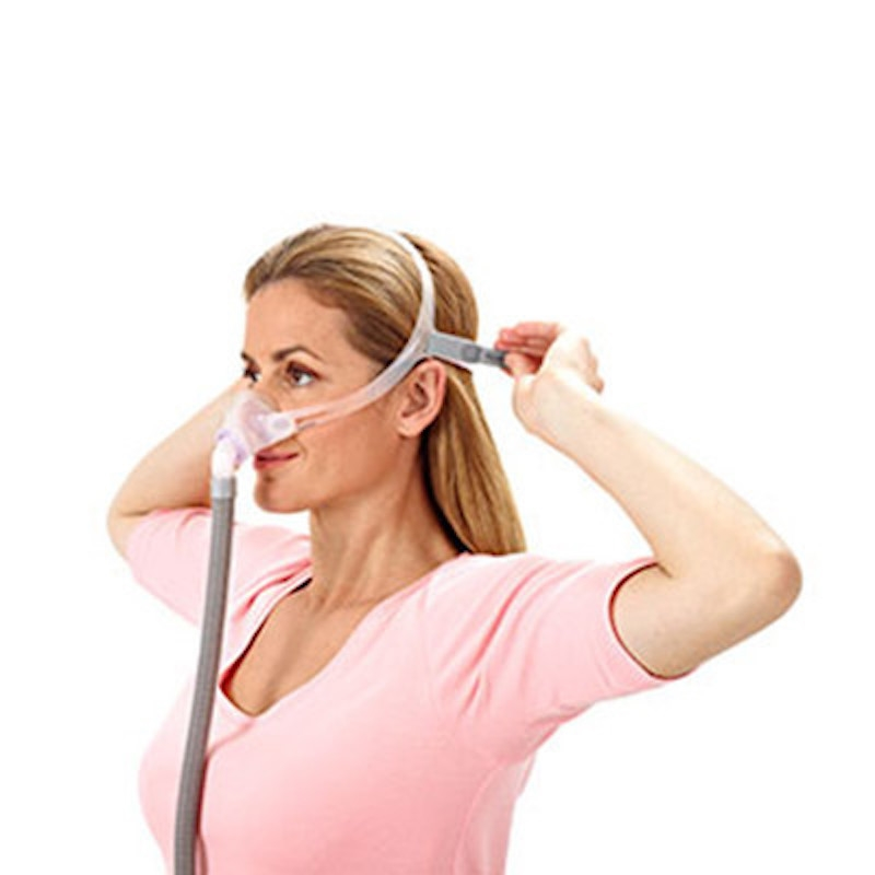 swiftª lt for her nasal pillow cpap mask with headgear