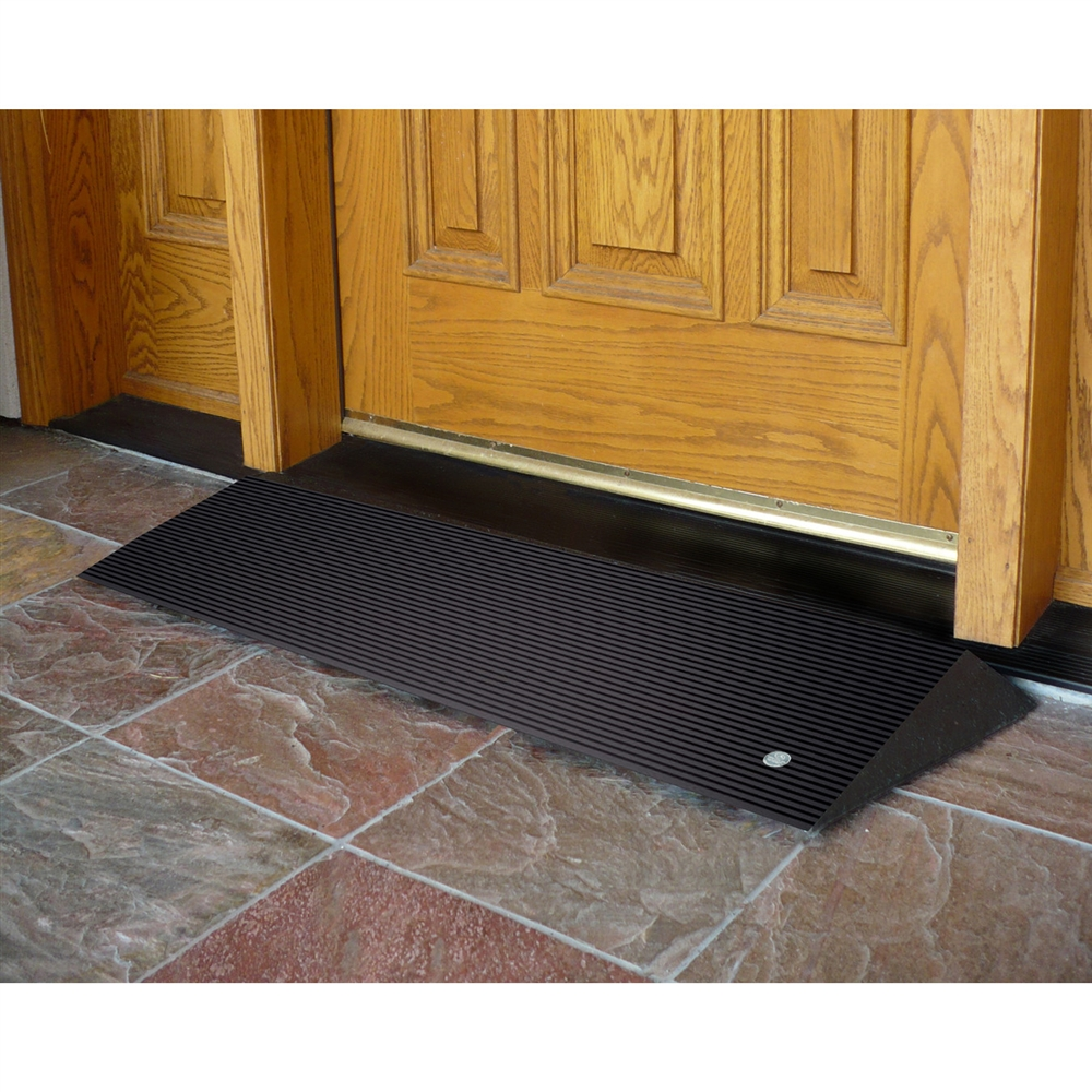 ez access rubber threshold ramp with beveled edges