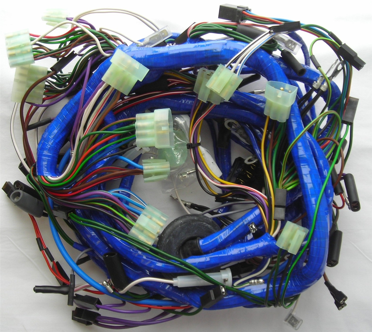 small resolution of mgb 1976 78 main wiring harness 519 rh britishwiring com 2000 chevrolet blazer wiring harness 1974