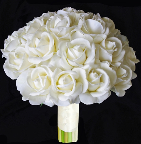 Natural Touch Open OffWhite Roses Bouquet