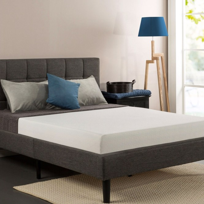Queen Size 8 Inch Thick Memory Foam Mattress With Knitted Fabric Cover